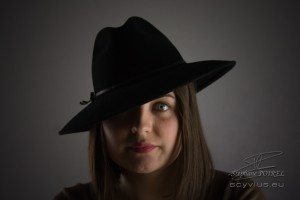 Photo portrait de face Manon
