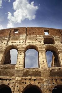 Photo façade du Colisée à Rome
