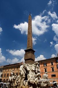 Photo de l'obélisque de la piazza Navona à Rome