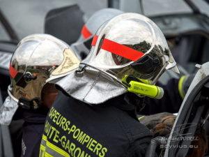 Photo pompiers manœuvre de désincarcération
