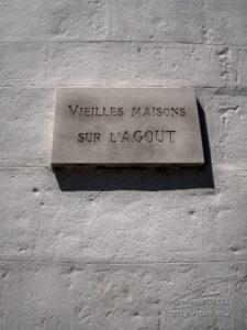 Photo plaque des vieilles maisons sur l'Agout à Castres